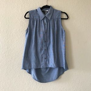 CAbi Sleeveless Chambray High Low Top